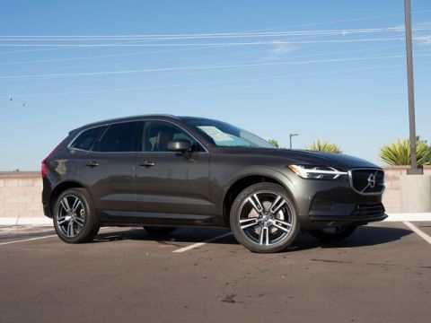 Used 2019 Volvo XC60 Momentum - In-Stock